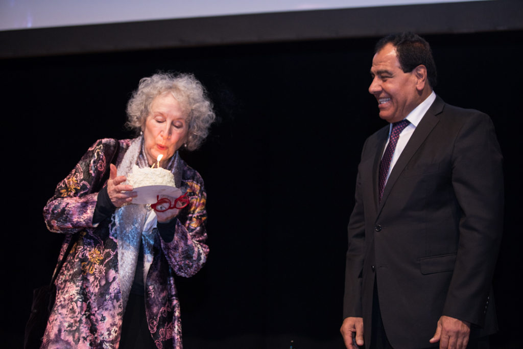 Margaret Atwood's birthday surprise at Daughters for Life gala Dinner 2017, with Izzeldin Abuelaish
